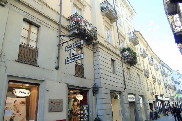 001-ufficio-alloggio-aosta-centro-detillier-chanoux-vendita21701668-7ED6-429A-CF26-4787969D75E2.jpg