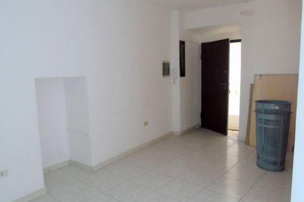 002-ufficio-alloggio-aosta-centro-detillier-chanoux-vendita429F756B-103C-6C4E-00CB-4C370C5508BF.jpg