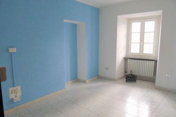 005-ufficio-alloggio-aosta-centro-detillier-chanoux-venditaF143870A-0A9D-B640-F717-F7A77A3A2D78.jpg
