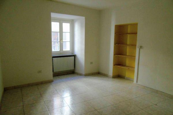 007-ufficio-alloggio-aosta-centro-detillier-chanoux-vendita4DE2193C-1AFD-966C-910B-9CE4ACAB71FF.jpg