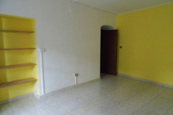 008-ufficio-alloggio-aosta-centro-detillier-chanoux-venditaB6B4B4E2-0F26-8F29-BD62-F711FEFB71E1.jpg
